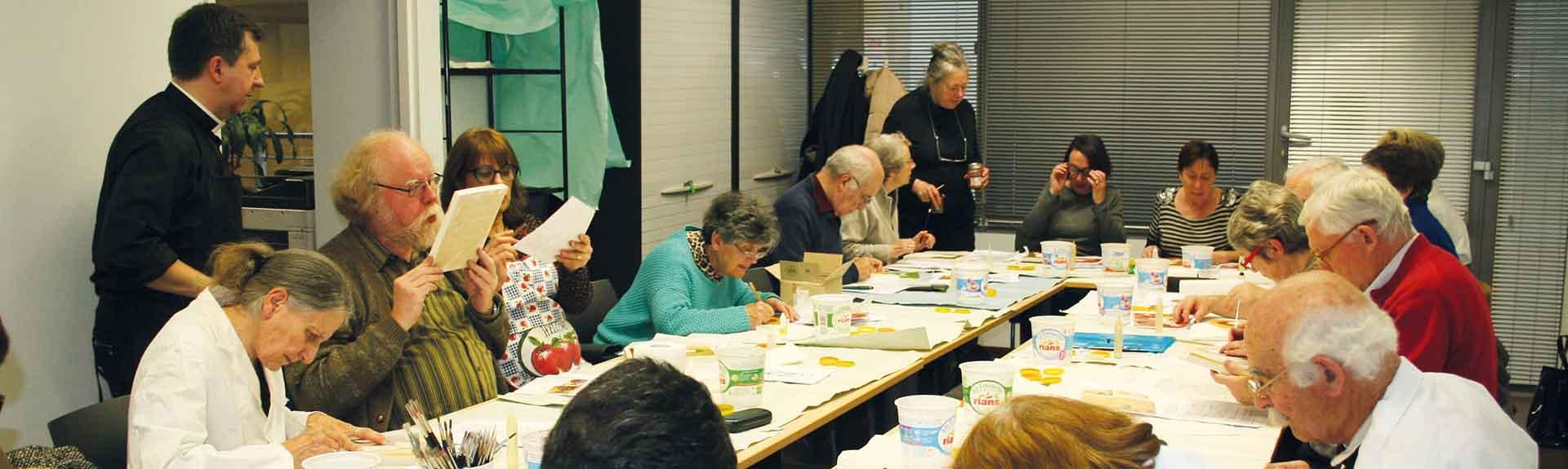 Atelier UNIVA - Iconographie - Personnes en train de peindre